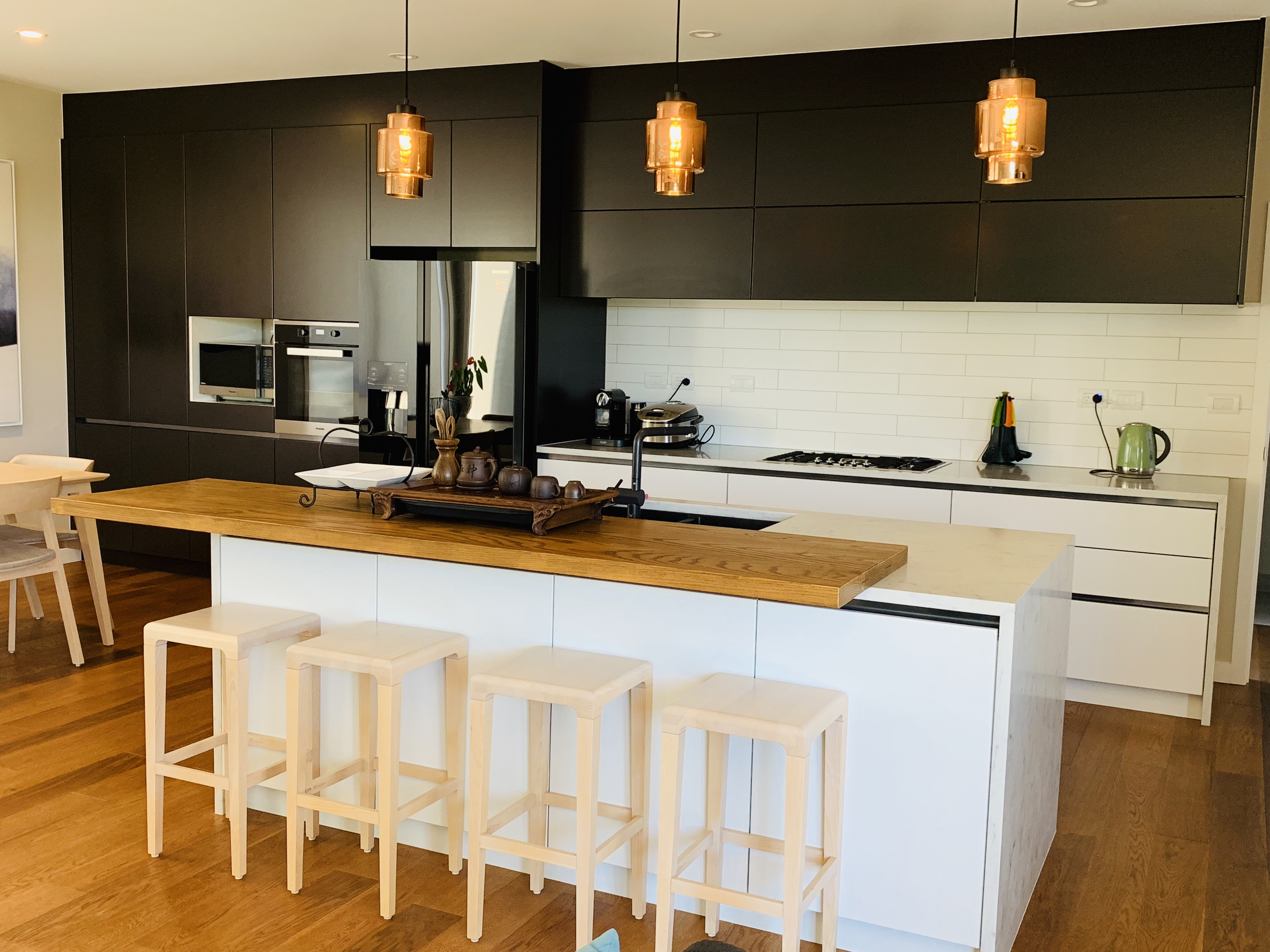 GJ-Kitchens-saint-helierss-kitchen-3-20190401222609260